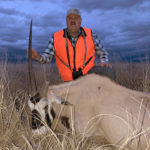 broken-horn-oryx-guide-trip